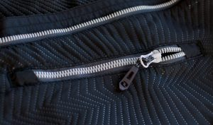 sfm2119 t68v 3 300x177 - Pánská sportovní bunda Loap UROY