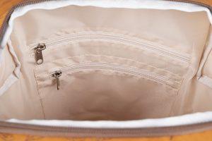 bl20116 c80r 4 300x200 - Městský batoh Loap Reina